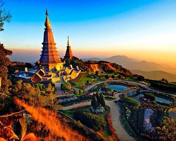 Asian Tourism Reviews 18