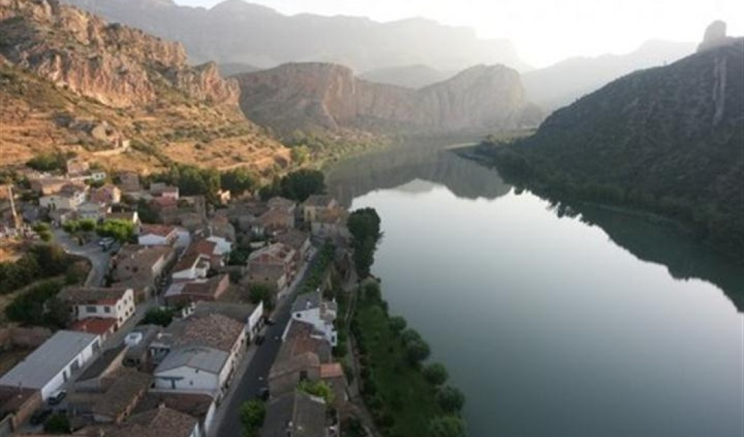 比利牛斯山脉,西班牙