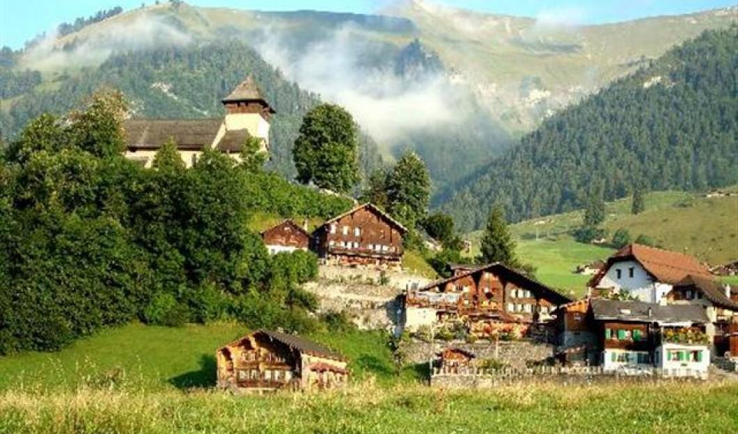 厄堡,瑞士