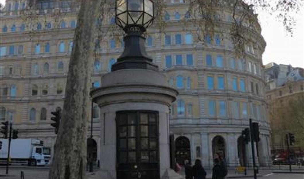 世界上最小的警署,特拉法加广场