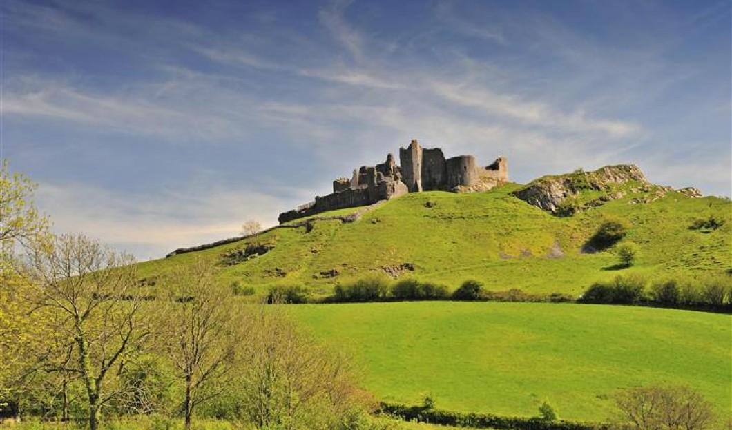 卡雷格凯南城堡,威尔士