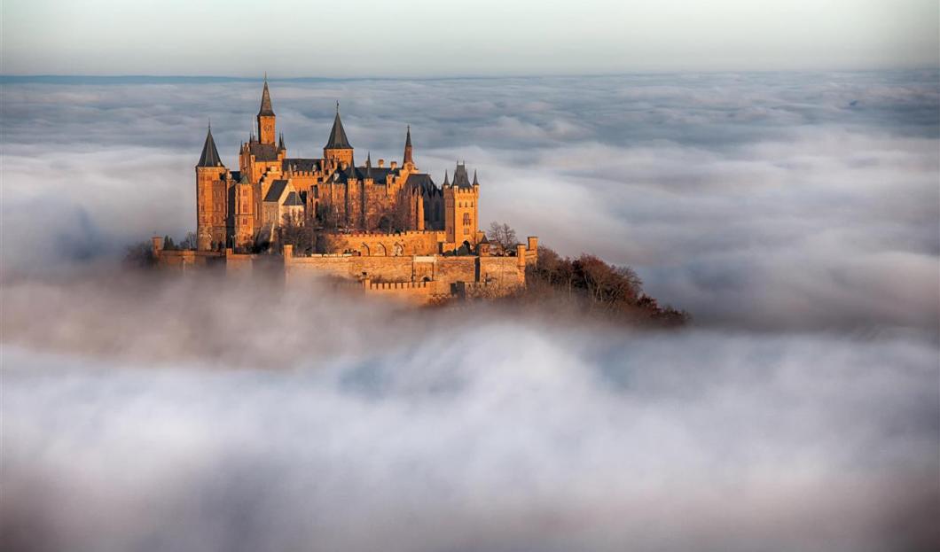 霍亨索伦城堡,德国。