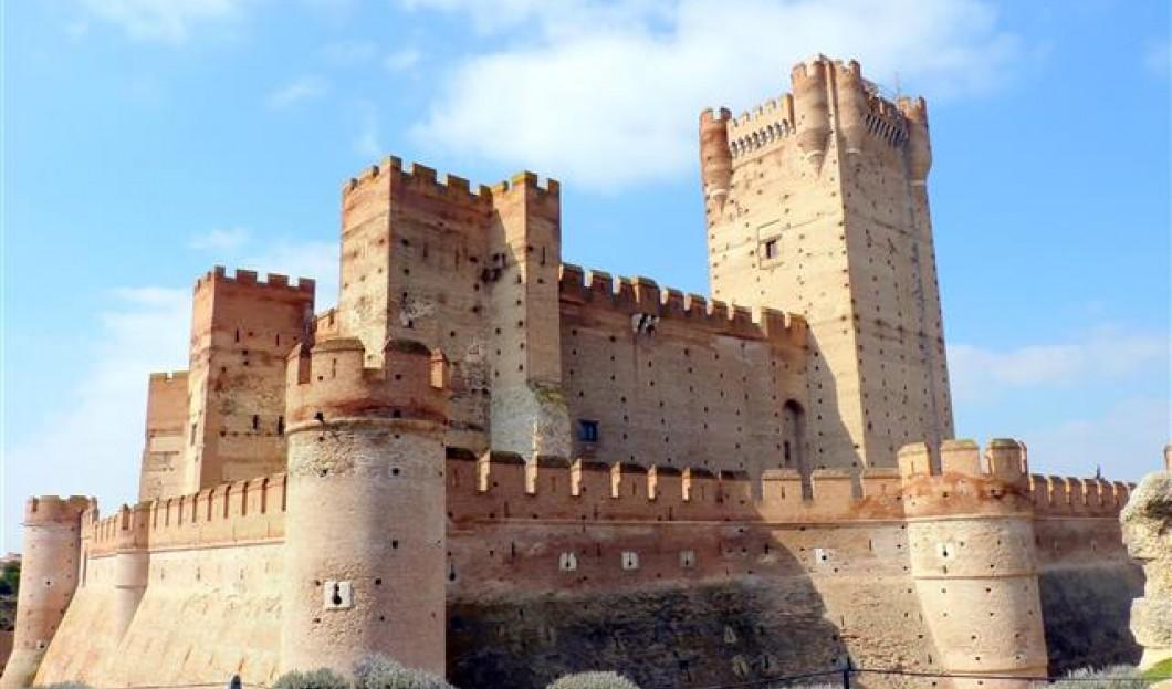 拉莫塔城堡,西班牙。