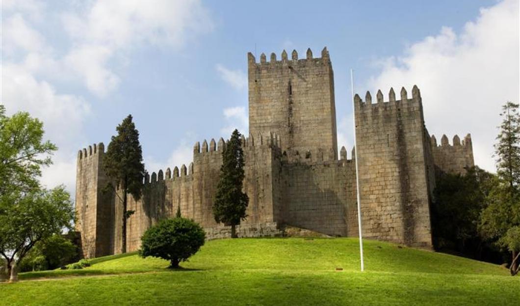 吉马良斯城堡,葡萄牙。